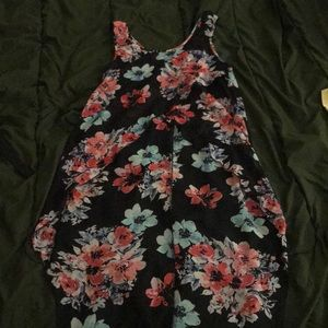 CHARLOTTE RUSSE: Sheer Floral High Low Tank